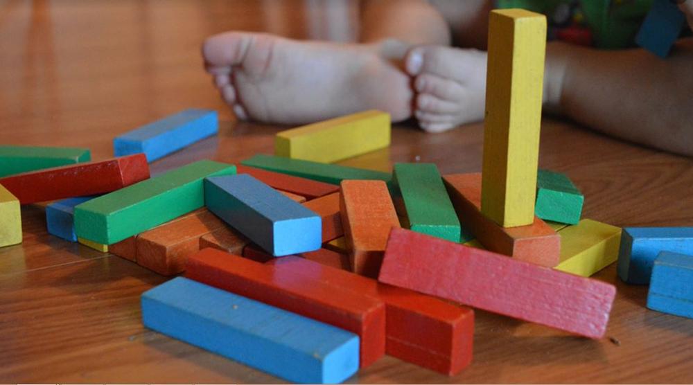 Atelier Montessori – Le bassin des petits aed5aa6727d